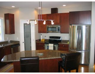 "Photo 3: 4875 BLUEGROUSE Drive in Sechelt: Sechelt District House for sale in ""Davis Bay"" (Sunshine Coast)  : MLS®# V782879"