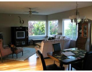 "Photo 6: 4875 BLUEGROUSE Drive in Sechelt: Sechelt District House for sale in ""Davis Bay"" (Sunshine Coast)  : MLS®# V782879"
