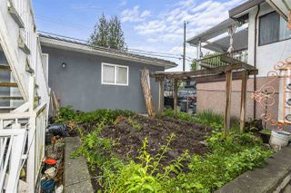 Photo 2: 3469 WILLIAM Street in Vancouver: Renfrew VE House for sale (Vancouver East)  : MLS®# R2459320