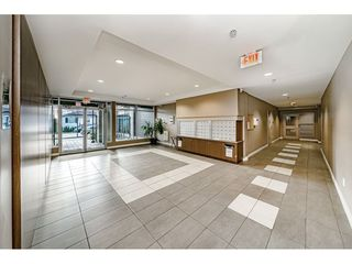 """Photo 3: 211 85 EIGHTH Avenue in New Westminster: GlenBrooke North Condo for sale in """"EIGHTWEST"""" : MLS®# R2462976"""
