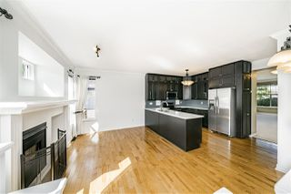"""Photo 9: 8693 206B Street in Langley: Walnut Grove House for sale in """"Discovery Town"""" : MLS®# R2479160"""