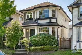 "Photo 2: 8693 206B Street in Langley: Walnut Grove House for sale in ""Discovery Town"" : MLS®# R2479160"