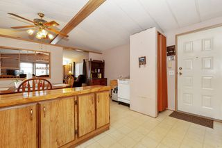Photo 7: 22 13507 81 Avenue in Surrey: Queen Mary Park Surrey Manufactured Home for sale : MLS®# R2499572