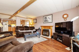 Photo 3: 22 13507 81 Avenue in Surrey: Queen Mary Park Surrey Manufactured Home for sale : MLS®# R2499572