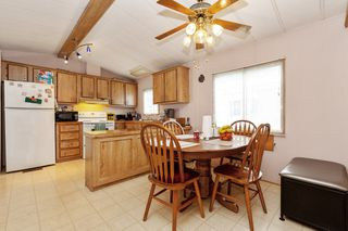 Photo 4: 22 13507 81 Avenue in Surrey: Queen Mary Park Surrey Manufactured Home for sale : MLS®# R2499572
