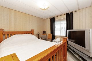 Photo 9: 22 13507 81 Avenue in Surrey: Queen Mary Park Surrey Manufactured Home for sale : MLS®# R2499572