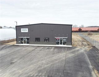 Photo 2: 124 Industrial Drive in Brandon: Industrial / Commercial / Investment for lease (C18)  : MLS®# 202025336