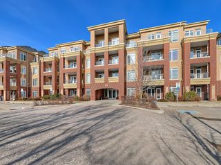 Photo 44: 405 8 Hemlock Crescent SW in Calgary: Spruce Cliff Apartment for sale : MLS®# A1043229