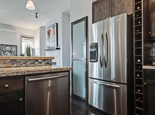 Photo 7: 405 8 Hemlock Crescent SW in Calgary: Spruce Cliff Apartment for sale : MLS®# A1043229