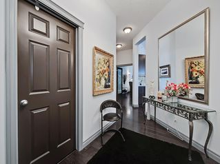 Photo 3: 405 8 Hemlock Crescent SW in Calgary: Spruce Cliff Apartment for sale : MLS®# A1043229