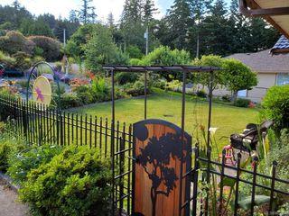 Photo 2: 1424 Seaspray Blvd in : Na Cedar House for sale (Nanaimo)  : MLS®# 862184
