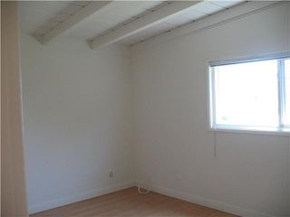 Photo 11: PACIFIC BEACH House for sale : 3 bedrooms : 2149 Reed
