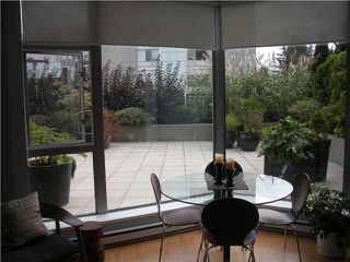 "Photo 5: 303 160 E 13TH Street in North Vancouver: Central Lonsdale Condo for sale in ""Grande"" : MLS®# V853575"