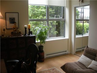 "Photo 8: 303 160 E 13TH Street in North Vancouver: Central Lonsdale Condo for sale in ""Grande"" : MLS®# V853575"