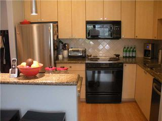 "Photo 4: 303 160 E 13TH Street in North Vancouver: Central Lonsdale Condo for sale in ""Grande"" : MLS®# V853575"