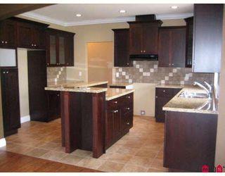 "Photo 2: 45848 VERBENA Drive in Sardis: Sardis East Vedder Rd House for sale in ""HIGGINSON GARDENS"" : MLS®# H2804176"