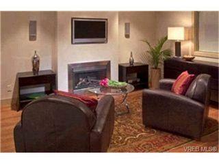 Photo 3: 304 737 Humboldt St in : Vi Downtown Condo Apartment for sale (Victoria)  : MLS®# 416148
