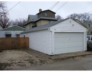 Photo 2: 198 NOTRE DAME Street in WINNIPEG: St Boniface Residential for sale (South East Winnipeg)  : MLS®# 2821147