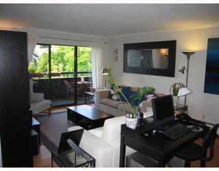 Photo 4: 312 1720 W 12TH Avenue in Vancouver: Fairview VW Condo for sale (Vancouver West)  : MLS®# V768766