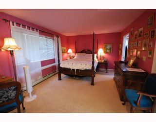 Photo 7: 10 8280 BENNETT Road in Richmond: Brighouse South Townhouse for sale : MLS®# V772209