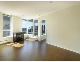 "Photo 2: 907 188 KEEFER Place in Vancouver: Downtown VW Condo for sale in ""ESPANA"" (Vancouver West)  : MLS®# V774402"
