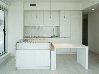 Photo 3: 3507 1 E Bloor Street in Toronto: Church-Yonge Corridor Condo for lease (Toronto C08)  : MLS®# C4512957