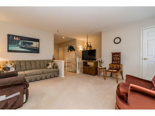 "Photo 5: 294 13888 70 Avenue in Surrey: East Newton Townhouse  in ""CHELSEA GARDENS"" : MLS®# R2392489"