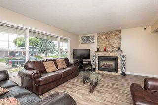 Photo 2: 11315 37 Avenue in Edmonton: Zone 16 House for sale : MLS®# E4168759