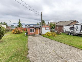 Photo 1: 5572 Horne St in UNION BAY: CV Union Bay/Fanny Bay Manufactured Home for sale (Comox Valley)  : MLS®# 827956