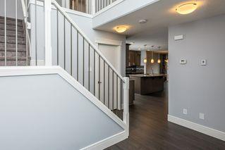 Photo 5: 1311 30 Street in Edmonton: Zone 30 House for sale : MLS®# E4217047