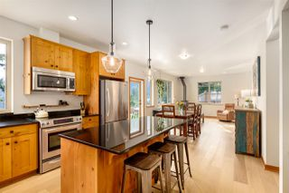 """Photo 6: 923 ELROND'S Court: Bowen Island House for sale in """"Cates Hill"""" : MLS®# R2511462"""