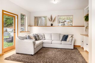 """Photo 12: 923 ELROND'S Court: Bowen Island House for sale in """"Cates Hill"""" : MLS®# R2511462"""