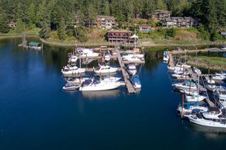 "Photo 9: 23C 12849 LAGOON Road in Pender Harbour: Pender Harbour Egmont Condo for sale in ""Painted Boat Resort & Spa"" (Sunshine Coast)  : MLS®# R2515330"