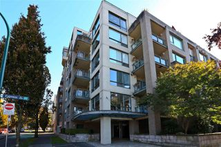 "Photo 2: 503 1888 YORK Avenue in Vancouver: Kitsilano Condo for sale in ""THE YORKVILLE"" (Vancouver West)  : MLS®# R2516833"
