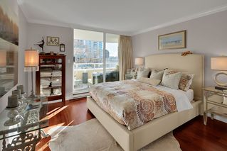 """Photo 12: 402 1406 HARWOOD Street in Vancouver: West End VW Condo for sale in """"JULIA COURT"""" (Vancouver West)  : MLS®# R2527458"""