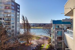 """Photo 20: 402 1406 HARWOOD Street in Vancouver: West End VW Condo for sale in """"JULIA COURT"""" (Vancouver West)  : MLS®# R2527458"""
