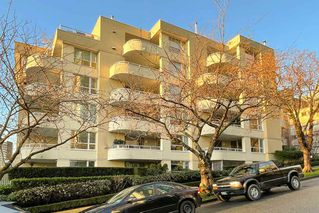 """Photo 21: 402 1406 HARWOOD Street in Vancouver: West End VW Condo for sale in """"JULIA COURT"""" (Vancouver West)  : MLS®# R2527458"""