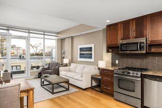Photo 2: 702 828 Rupert Terr in : Vi Downtown Condo for sale (Victoria)  : MLS®# 862582