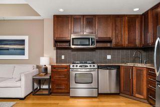 Photo 3: 702 828 Rupert Terr in : Vi Downtown Condo for sale (Victoria)  : MLS®# 862582
