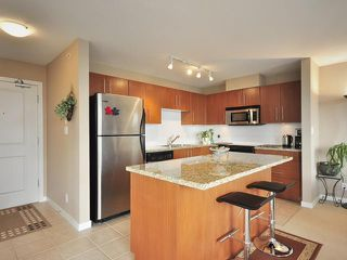 "Photo 4: 2201 2138 MADISON Avenue in Burnaby: Brentwood Park Condo for sale in ""MOSAIC"" (Burnaby North)  : MLS®# V825872"
