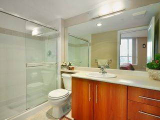"Photo 7: 2201 2138 MADISON Avenue in Burnaby: Brentwood Park Condo for sale in ""MOSAIC"" (Burnaby North)  : MLS®# V825872"