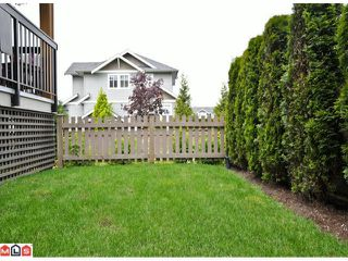 "Photo 10: 50 16789 60TH Avenue in Surrey: Cloverdale BC Townhouse for sale in ""Laredo"" (Cloverdale)  : MLS®# F1014213"