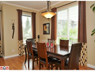 "Photo 3: 50 16789 60TH Avenue in Surrey: Cloverdale BC Townhouse for sale in ""Laredo"" (Cloverdale)  : MLS®# F1014213"