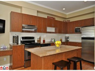 "Photo 4: 50 16789 60TH Avenue in Surrey: Cloverdale BC Townhouse for sale in ""Laredo"" (Cloverdale)  : MLS®# F1014213"