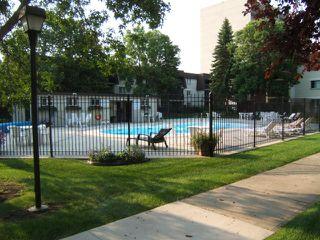 Photo 12: 740 KENASTON Boulevard in WINNIPEG: River Heights / Tuxedo / Linden Woods Condominium for sale (South Winnipeg)  : MLS®# 1016736