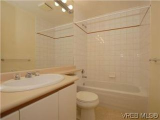 Photo 19: 330 188 Douglas St in VICTORIA: Vi James Bay Condo for sale (Victoria)  : MLS®# 549562