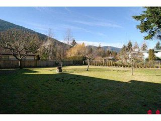 Photo 10: 489 NAISMITH Avenue: Harrison Hot Springs House for sale : MLS®# H1100358