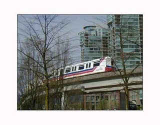 "Photo 10: 204 6282 KATHLEEN Avenue in Burnaby: Metrotown Condo for sale in ""THE EMPRESS"" (Burnaby South)  : MLS®# V735171"