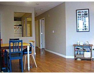 "Photo 3: 405 2678 DIXON Street in Port_Coquitlam: Central Pt Coquitlam Condo for sale in ""SPRINGDALE"" (Port Coquitlam)  : MLS®# V771815"