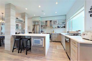 Photo 5: 10143 88 Street in Edmonton: Zone 13 House Half Duplex for sale : MLS®# E4169454